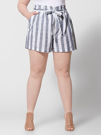 Plus Size Allie Chambray Short - Fashion To Figure