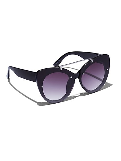 Plus Size Cat Eye Bar Detail Sunglasses - Fashion To Figure