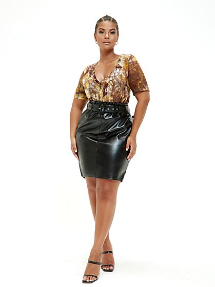 Plus Size Celine Paperbag Waist Faux Leather Skirt - Fashion To Figure