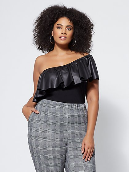 Plus Size Ciara One-Shoulder Top - Fashion To Figure