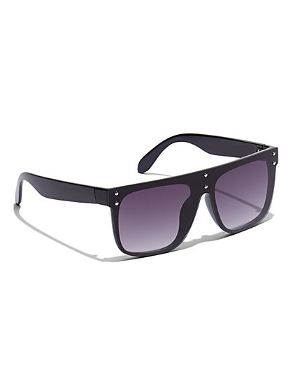 Plus Size Classic Black Sunglasses - Fashion To Figure