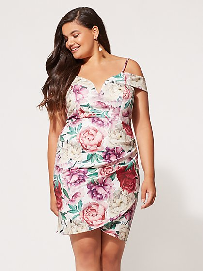 New Plus Size Dresses for Women | Fashion To Figure