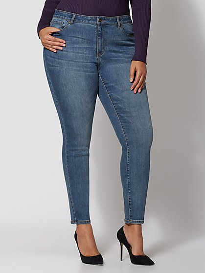 Plus Size Clean Skinny Jeans - Fashion To Figure