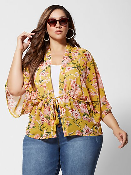 32e5b52d52c Plus Size For The Weekend Must-Have women's tops, bottoms, and ...