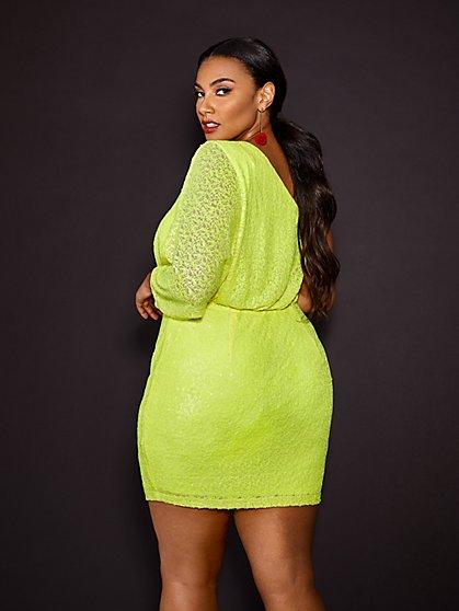 Plus Size Clothing | Fashion To Figure