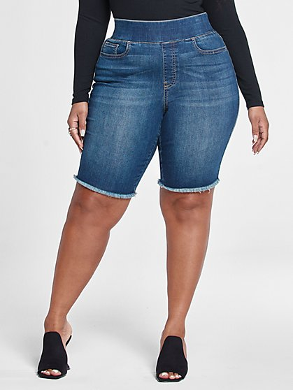 Plus Size Dark Wash High Rise Pull On Shorts - Fashion To Figure