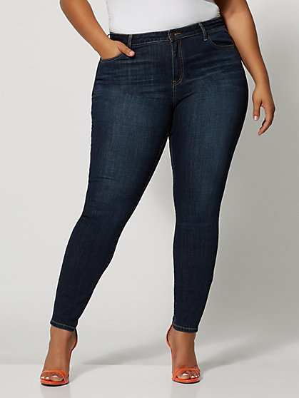 Plus Size Dark Wash Mid-Rise Cross Hatch Skinny Jeans - Fashion To Figure