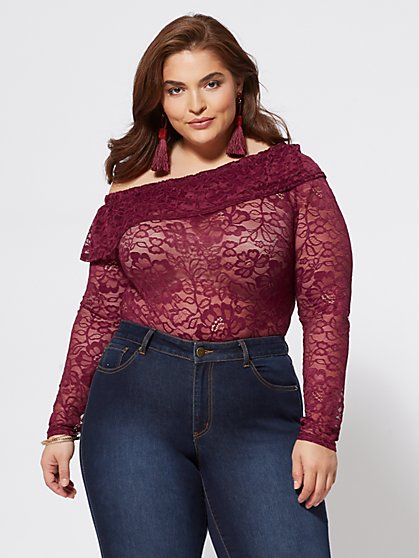 Plus Size DeeDee Lace Top - Fashion To Figure
