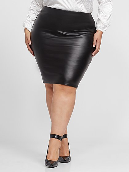 Plus Size Ebba Faux-Leather Pencil Skirt - Fashion To Figure