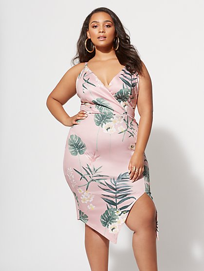 Plus Size Elana Floral Dress - Fashion To Figure