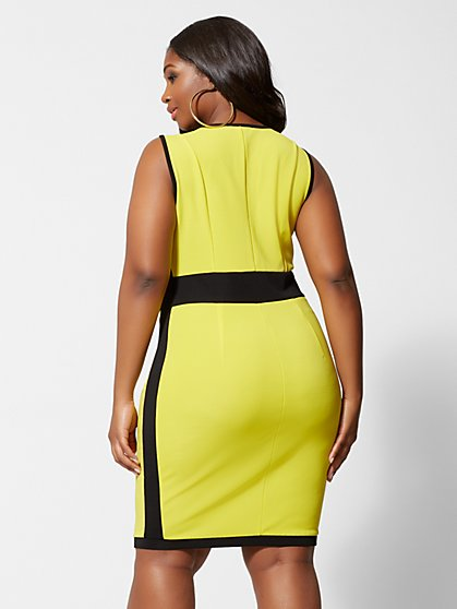 39787a663e ... Plus Size Emina Zipper Front Bodycon Dress - Fashion To Figure ...