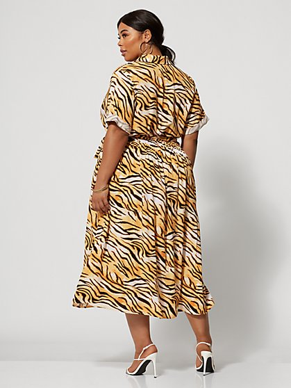 4d95ee002 ... Plus Size Esperanza Tiger Print Maxi Shirt Dress - Fashion To Figure ...