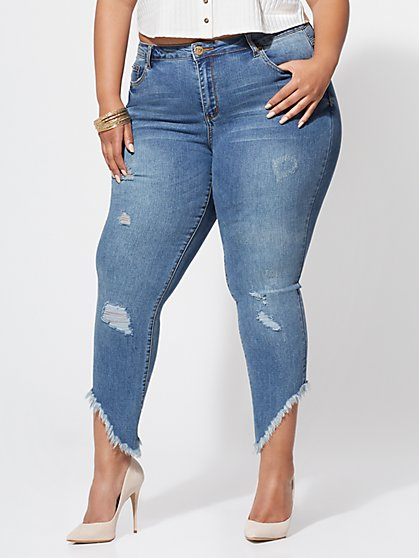 Plus Size Frayed-Hem Skinny Jeans - Fashion To Figure