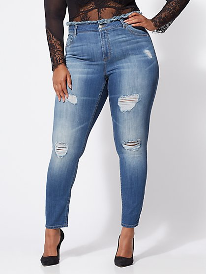 Plus Size Frayed-Waist Skinny Jeans - Fashion To Figure