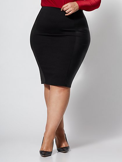 Plus Size Good Form Faux-Leather Ponte Skirt - Fashion To Figure