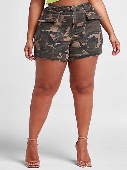 Plus Size High-Rise Camo Utility Shorts - Fashion To Figure