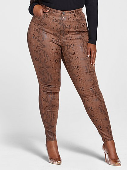 Plus Size High Rise Textured Animal Print Skinny Jeans - Fashion To Figure
