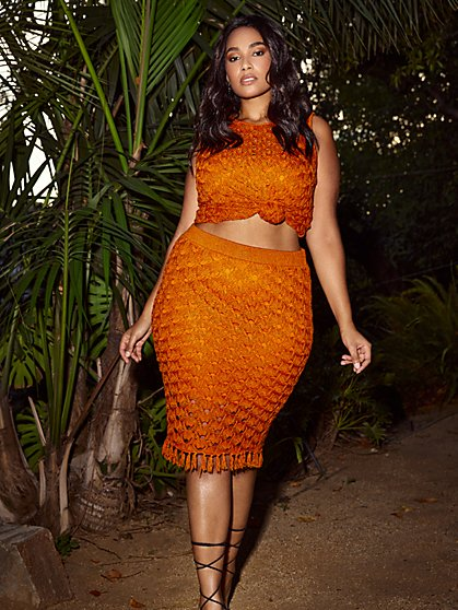 Plus Size Hilary Crochet Sweater Skirt - Gabrielle Union x FTF - Fashion To Figure