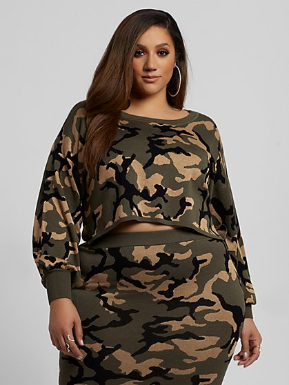 Plus Size Jami Camo Sweater - Fashion To Figure