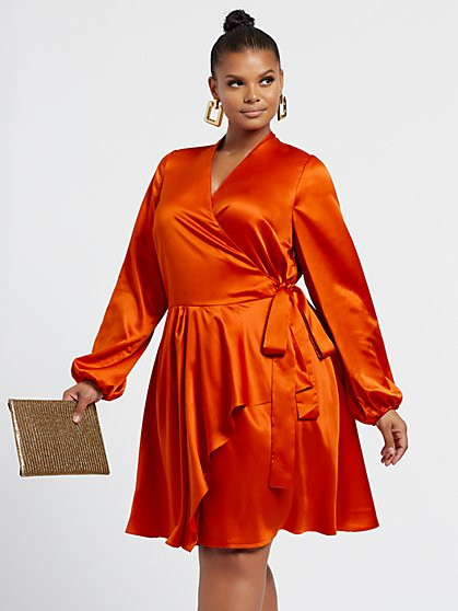 Plus Size Jay Bay Bay - Satin Wrap Dress - Fashion To Figure