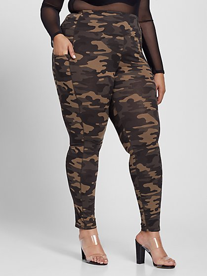 Plus Size Jenay Camo Leggings with Pockets - Fashion To Figure