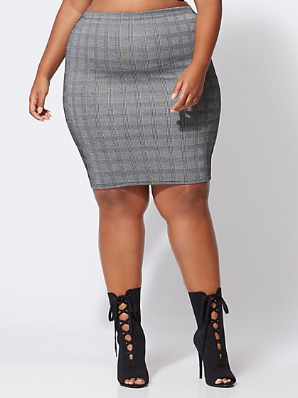 Plus Size Josie Plaid Pencil Skirt - Fashion To Figure