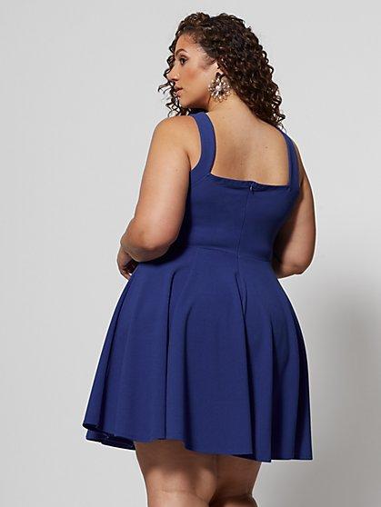 29a9bffa755 ... Plus Size Kali V-Cut Detail Flare Dress - Fashion To Figure ...