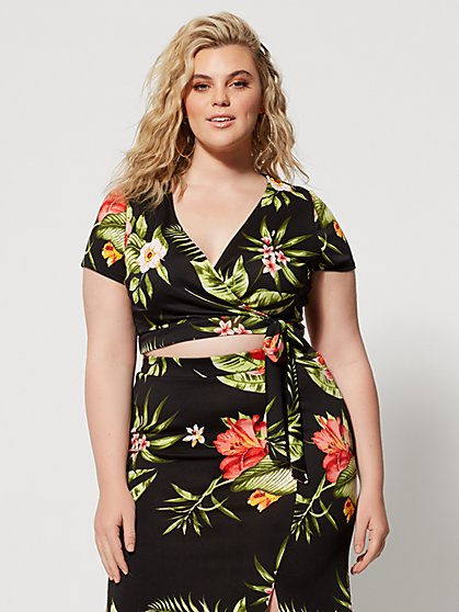 Plus Size Kaniya Floral Wrap Top - Fashion To Figure