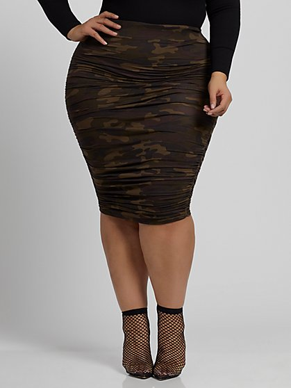 Plus Size Karlie Camo Skirt - Fashion To Figure