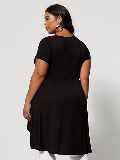 836789aa80 Plus Size Tops for Women | Fashion To Figure