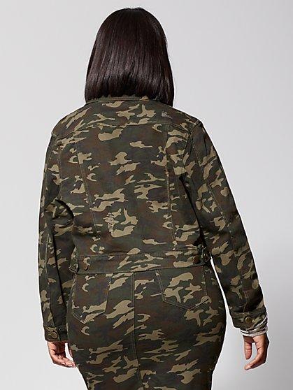 d72f6c7edf6 ... Plus Size Kellie Camo Jacket - Fashion To Figure