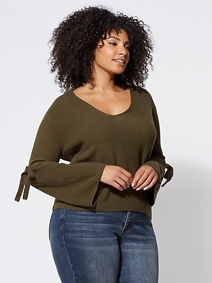 Plus Size Laurel Bell-Sleeve Sweater - Fashion To Figure