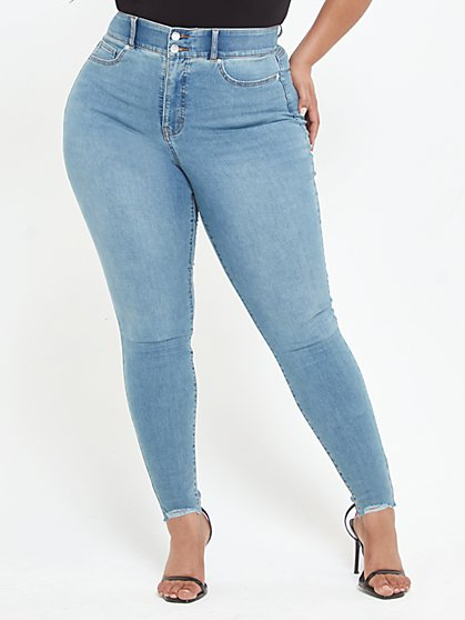 Plus Size Light Wash Curvy Skinny Jeans - Short Inseam - Fashion To Figure