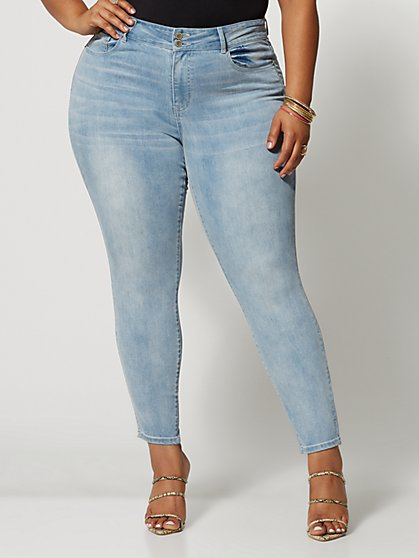 Plus Size Light Wash Premium Mid-Rise Skinny Jeans - Fashion To Figure