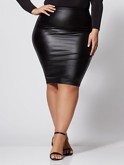 Plus Size Lola Faux-Leather Pencil Skirt - Fashion To Figure