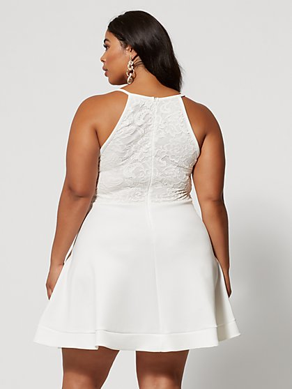 Plus Size White Party Dresses and Outift Ideas | Fashion To Figure