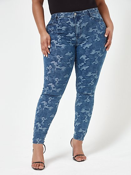 Plus Size Mid Rise Jacquard Camo Skinny Jeans - Fashion To Figure