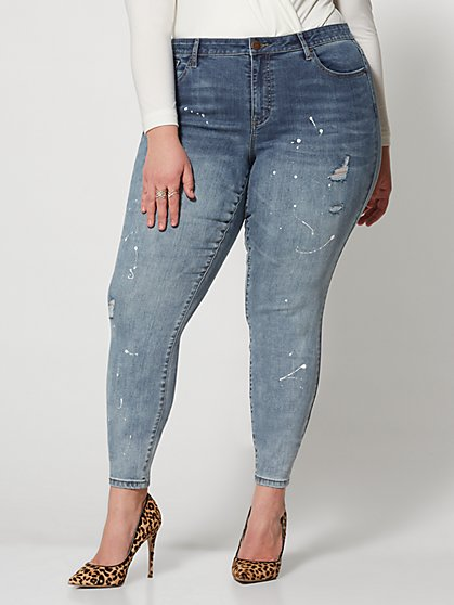 Plus Size Mid-Rise Paint Splattered Skinny Jeans - Fashion To Figure