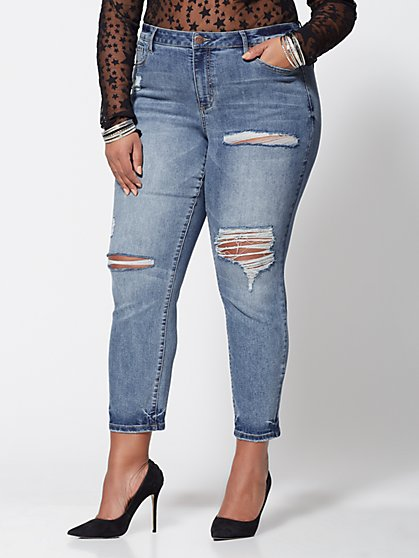 Plus Size Mid-Rise Straight Leg Jeans - Fashion To Figure