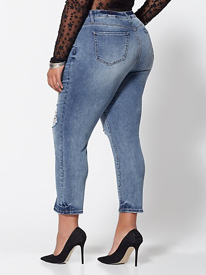 6e9853265d7 ... Plus Size Mid-Rise Straight Leg Jeans - Fashion To Figure