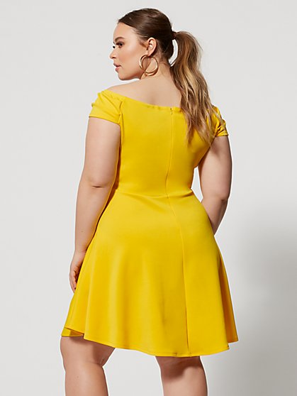 Yellow Plus Size Dresses for Women | Fashion To Figure