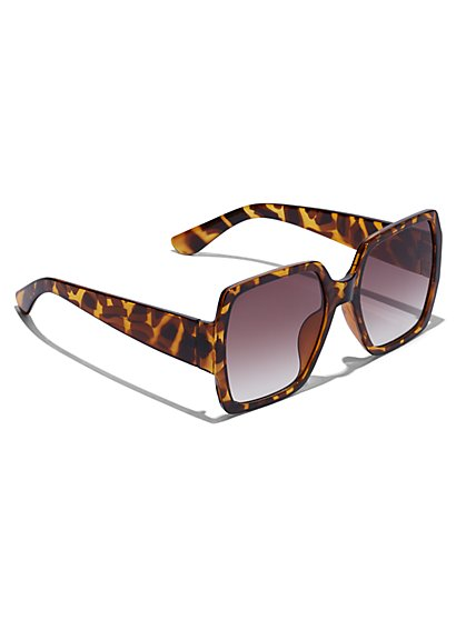 Plus Size Oversized Faux-Tortoise Sunglasses - Fashion To Figure
