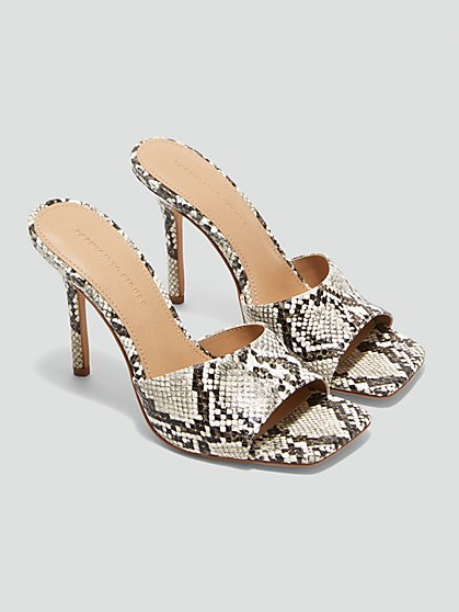 Plus Size Philomena Snakeskin Open Back Sandals - Fashion To Figure