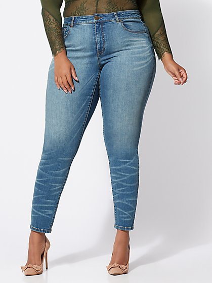 Plus Size Premium Lycra® Beauty Skinny Jeans - Crinkle Wash - Fashion To Figure