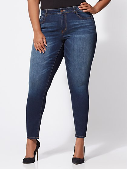 Plus Size Premium Lycra® Beauty Skinny Jeans - Dark Wash - Fashion To Figure