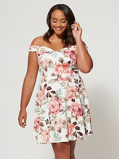 Plus Size Raelynn Flare Dress - Fashion To Figure