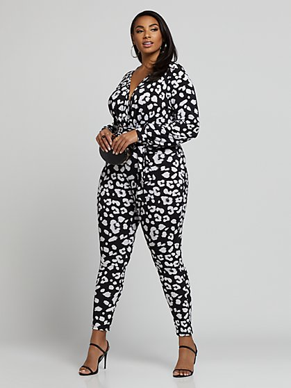 Plus Size Sadie Animal Print V-Neck Jumpsuit - Fashion To Figure