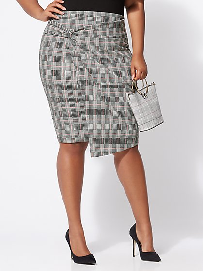 Plus Size Sherri Plaid Pencil Skirt - Fashion To Figure