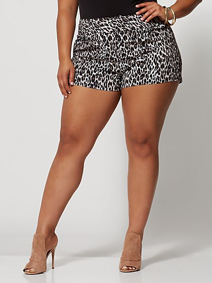 Plus Size Signature - Leopard Print Millennium Short - Fashion To Figure