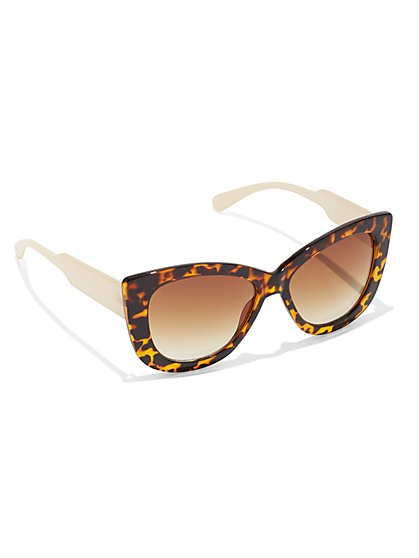Plus Size Tortoise Cat Eye Sunglasses - Fashion To Figure
